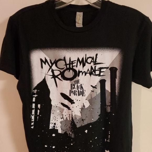 Hot Topic Tops - Womens My Chemical Romance band tee sz XS.